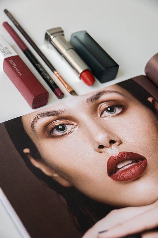 Kaj moraš vedeti pred nanosom mat šminke? by Ajda Sitar