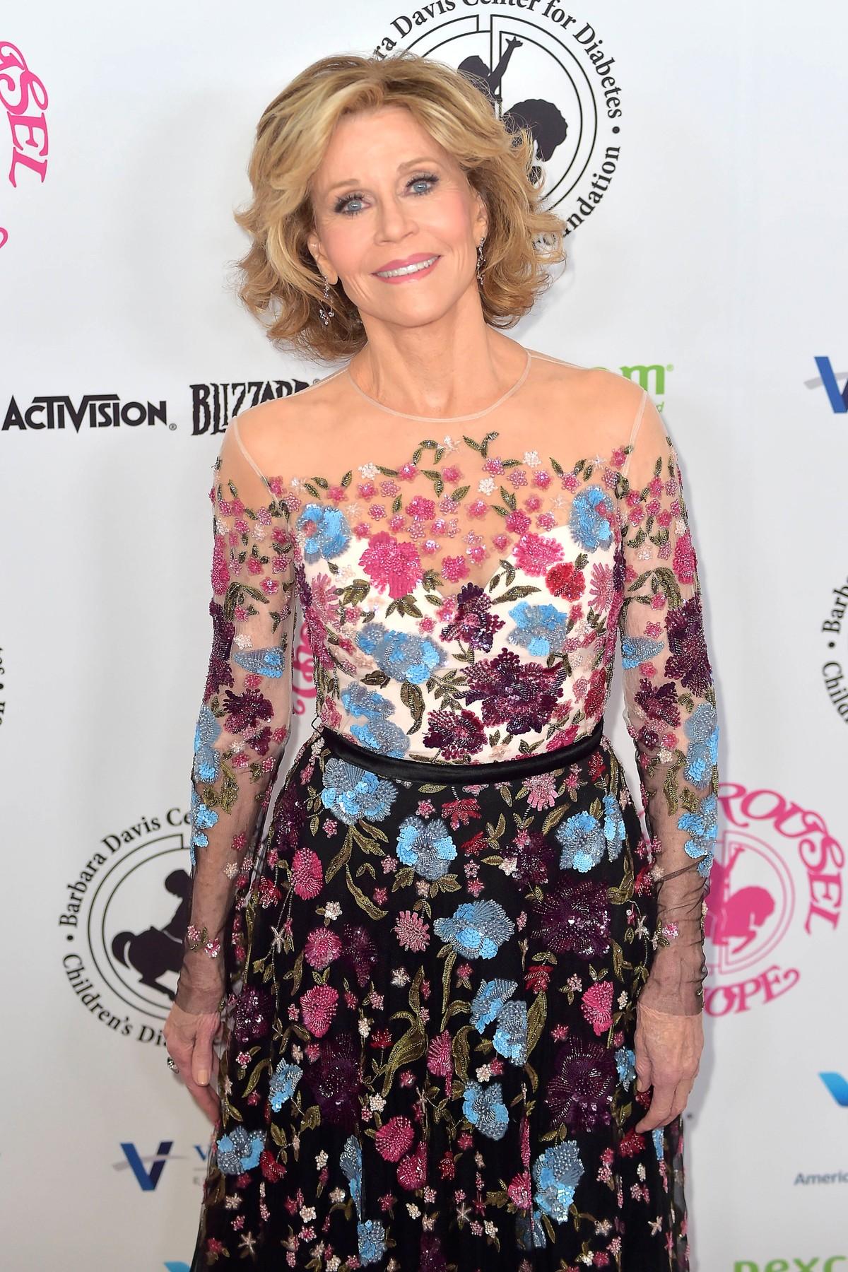 Sinonim-za-lepoto-tudi-na-pragu-devetega-desetletja-Jane-Fonda-razkriva-svoje-lepotne-skrivnosti-3