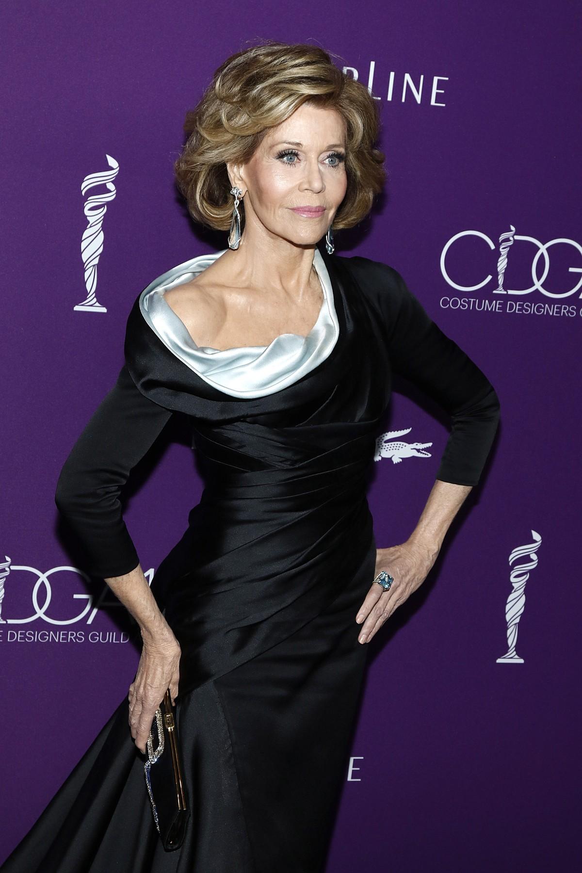 Sinonim-za-lepoto-tudi-na-pragu-devetega-desetletja-Jane-Fonda-razkriva-svoje-lepotne-skrivnosti-4