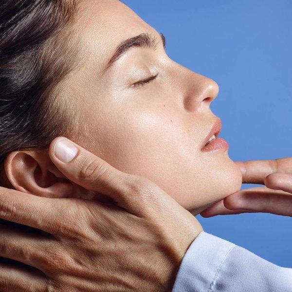 Mastna koža obraza Top 5 trikov za nego