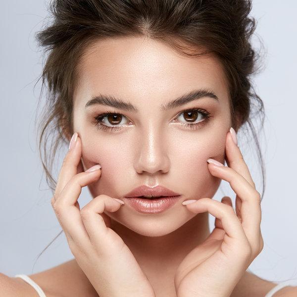 Kako okrepiti in obnoviti kožo okoli oči