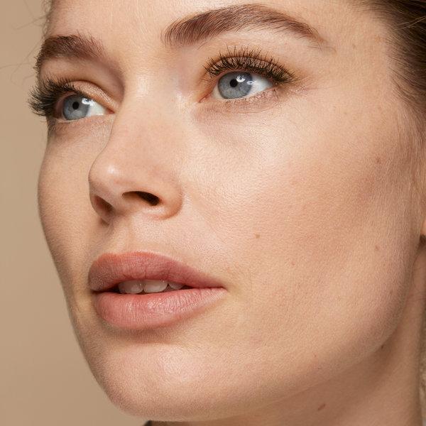 Inovacija: Puder, hidrira in izboljša kakovost kože
