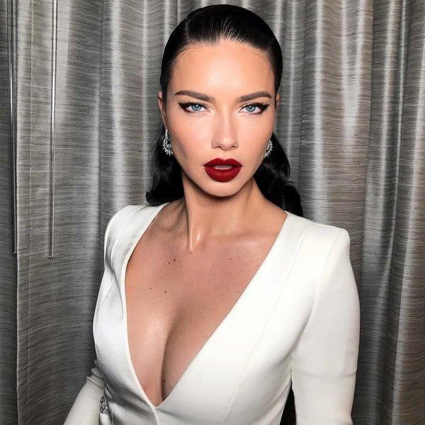 Kako slavne dame nosijo rdečo šminko