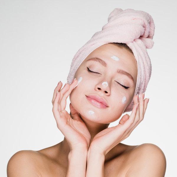 Nega kože kaj vse lahko storiš brez obiska kozmetičnega salona