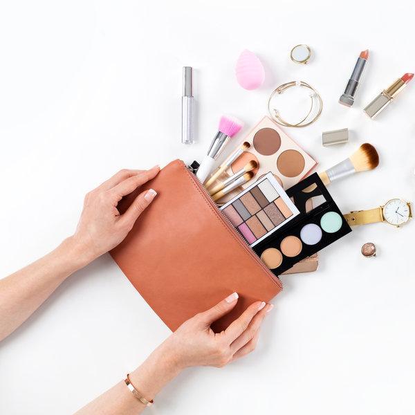 Kozmetična torbica spomladansko čiščenje