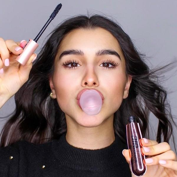 Postani makeup master: Top 5 trikov z maskaro