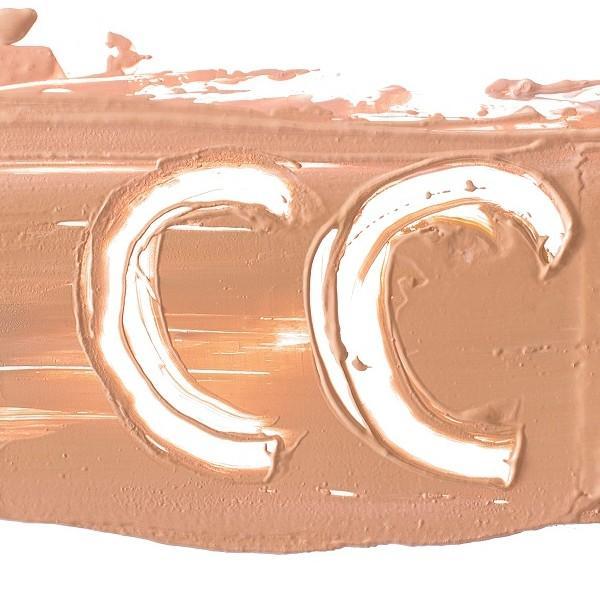 Najboljše CC kreme in korektivni tekoči pudri za izenačen ten