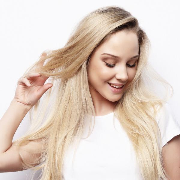 Barvanje blond las doma: Triki, ki ukinejo pojavljanje rumenih tonov